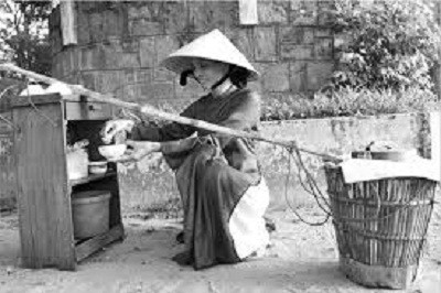 Image result for NHỮNG TIẾNG RAO VUI